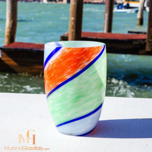 verre a eau de couleur