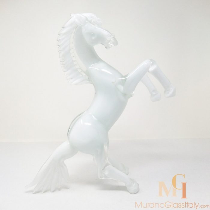 glass horse figurines