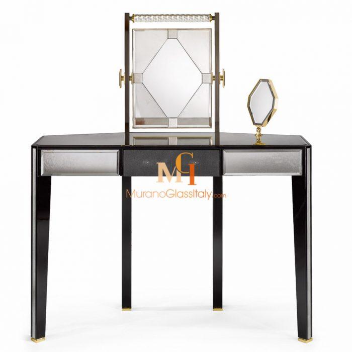 venetian dressing table